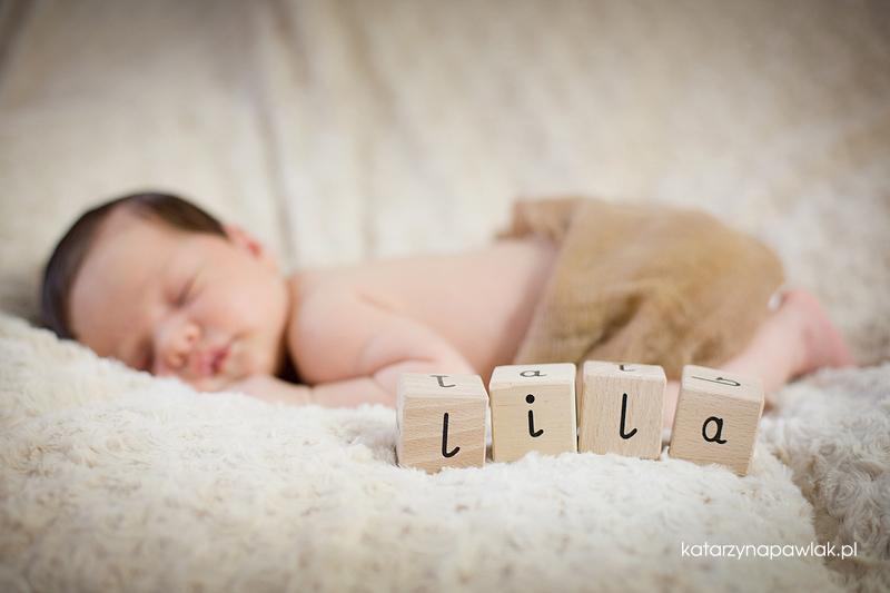 Lila sesja niemowleca Kalisz 024